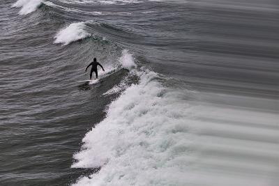 Oceanside Surf I-Lee Peterson-Photo