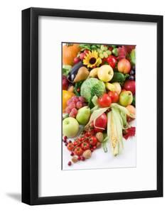 Fruits and Vegetables by og-vision