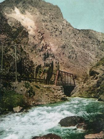 https://imgc.artprintimages.com/img/print/ogden-canyon-utah-view-of-the-first-bridge_u-l-q1gobbl0.jpg?p=0