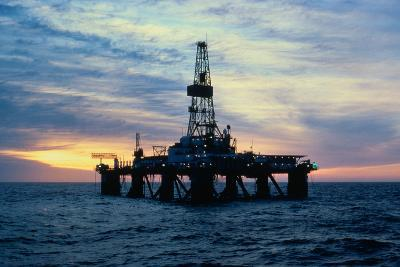 Oil Drilling Rig--Photographic Print