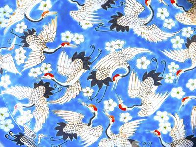 https://imgc.artprintimages.com/img/print/old-chinese-design-blue-white-and-red-cranes-ceramic-plate-panjuan-flea-market-beijing-china_u-l-q1gax170.jpg?p=0