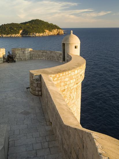 Old city walls built 10th century, Dubrovnik, Dalmatia, Croatia-John & Lisa Merrill-Photographic Print