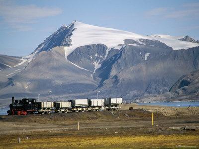 https://imgc.artprintimages.com/img/print/old-colliery-locomotive-ny-alesund-spitsbergen-norway-scandinavia_u-l-p1h9240.jpg?p=0