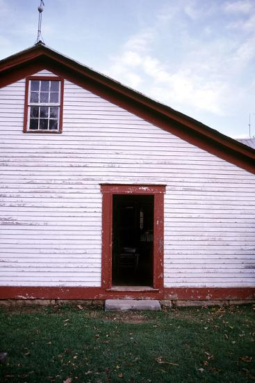 Old farmhouse in rural Indiana, USA-Anna Miller-Photographic Print