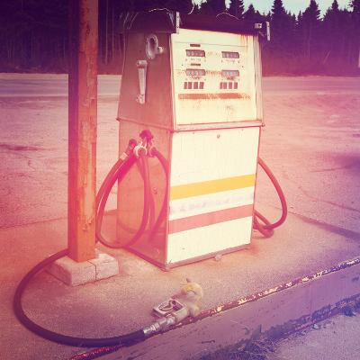 Old Gas Pump-melking-Photographic Print