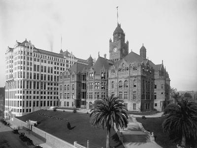 Old Los Angeles Courthouse--Photographic Print