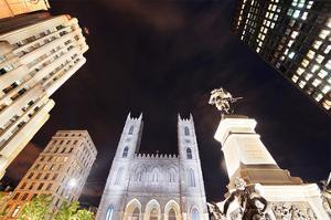 Old Montreal Square - Basilika