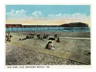 Old Orchard Beach, Maine - View of the Pier-Lantern Press-Art Print