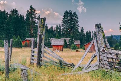 Old Ranch, Mount Shasta, California--Photographic Print