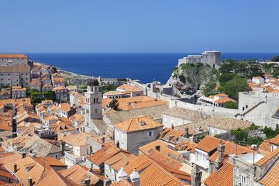 https://imgc.artprintimages.com/img/print/old-town-unesco-world-heritage-site-dubrovnik-dalmatia-croatia-europe_u-l-pnf29p0.jpg?p=0