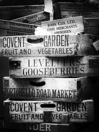 https://imgc.artprintimages.com/img/print/old-wooden-crates-used-on-markets-in-london-portobello-road-market-notting-hill-uk-england_u-l-pz4a6y0.jpg?p=0