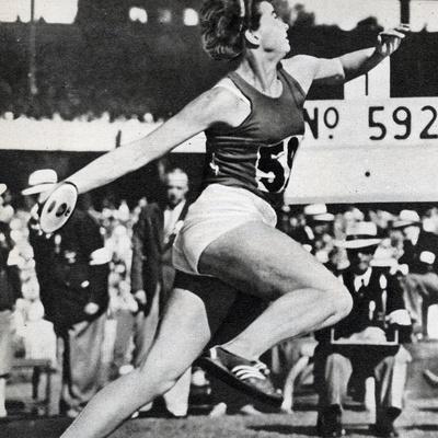 https://imgc.artprintimages.com/img/print/olga-fikotova-of-czechoslovakia-setting-a-new-olympic-record-in-the-final-of-the-women-s-discus_u-l-pq11sf0.jpg?p=0