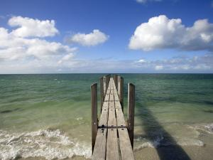 Quindalup Jetty Meeting Horizon by Oliver Strewe