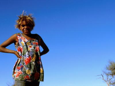Thelma Richards of the Ngaanyatjawa People