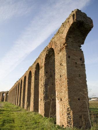 Felice Aqueduct, Along the Via Appia, Rome, Lazio, Italy, Europe