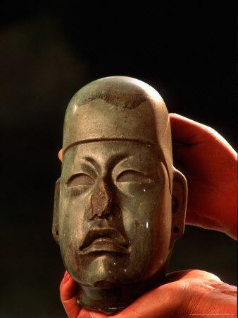 https://imgc.artprintimages.com/img/print/olmec-jade-national-museum-of-anthropology-and-history-mexico-city-mexico_u-l-p5axye0.jpg?p=0