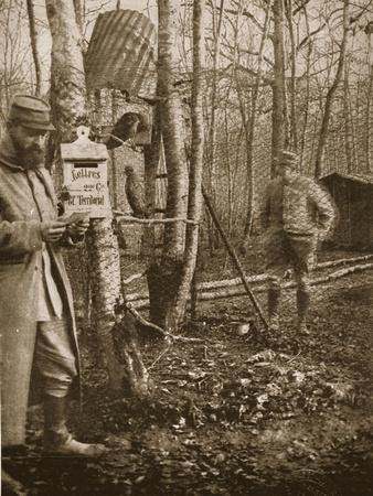 https://imgc.artprintimages.com/img/print/on-the-french-lorraine-front-a-poilu-s-camp-letter-box-and-buzzard-mascots_u-l-pgbobl0.jpg?p=0