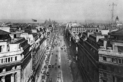 On the Roof of Bush House, Looking from Kingsway Towards the Nothern Hights, London, 1926-1927--Giclee Print