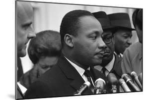 Only Two Weeks Since Jfk's Assassination, Martin Luther King, Met with President Lyndon Johnson