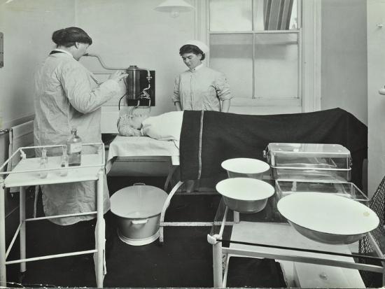 Operating Room, Fulham School Treatment Centre, London, 1914--Photographic Print