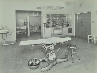 Operating Theatre, Lewisham Hospital, London, 1936--Photographic Print