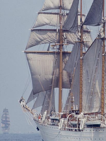 Operation Sail in New York Harbor-John Loengard-Photographic Print