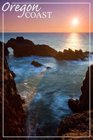 https://imgc.artprintimages.com/img/print/oregon-coast-rocky-cove-and-sunset_u-l-q1gq87u0.jpg?p=0