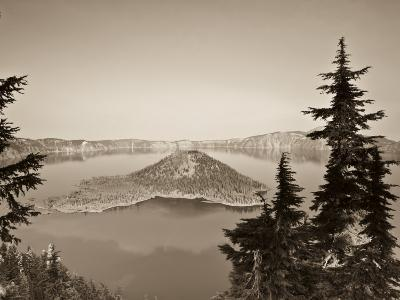 Oregon, Crater Lake National Park, Crater Lake and Wizard Island, USA-Michele Falzone-Photographic Print
