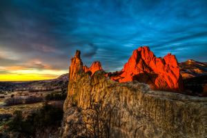 Garden of the Gods Sunrise by Oregon Photo by Matt Payne of Portland