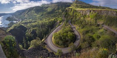 https://imgc.artprintimages.com/img/print/oregon-twisting-curving-historic-columbia-river-highway-hwy-30-below-the-rowena-plateau_u-l-q1gbom90.jpg?p=0