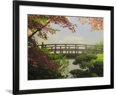 Oregon, USA-Michel Hersen-Framed Photographic Print