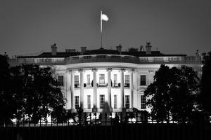 The White House At Night - Washington Dc, United States - Black And White by Orhan