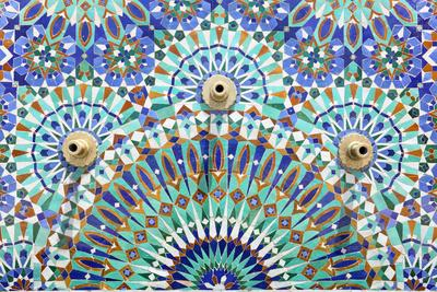 https://imgc.artprintimages.com/img/print/oriental-mosaic-in-morocco_u-l-pn2qte0.jpg?p=0