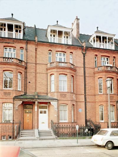 Oscar Wilde's House in Tite Street, Chelsea--Giclee Print