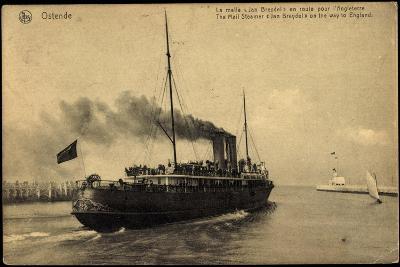 Ostende, Fährschiff Jan Breydel Nach England--Giclee Print
