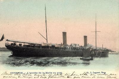 Ostende, L'Entrée De La Malle Au Port, Fährschiff--Giclee Print