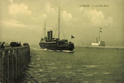 Ostende Westflandern, La Nouvelle Malle, Dampfer--Giclee Print