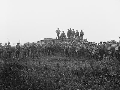 Outdoor Group Portrait of a Tank Crew and Some Members of the 5th Australian Infantry Brigade--Photographic Print