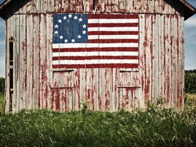 American flag painted on barn by Owaki