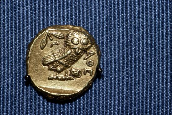 Owl on a Greek Gold Stater struck by Lachares, 300BC-295BC-Unknown-Giclee Print