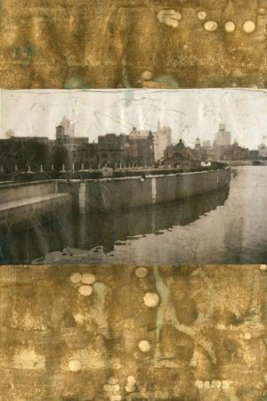 https://imgc.artprintimages.com/img/print/oxidized-gold-cityscape-ii_u-l-f560mq0.jpg?p=0