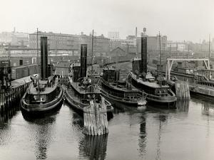New Haven Railway Tugs, Harlem River by P.L. Sperr