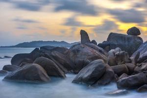 There Ta and There Yai Rocks, Grand of Rock, Lamai Beach, Island Ko Samui, Thailand, Asia by P. Widmann