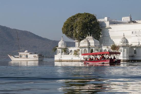 Palace Hotel. Jag Niwas. Lake Pichola. Udaipur Rajasthan. India-Tom Norring-Photographic Print