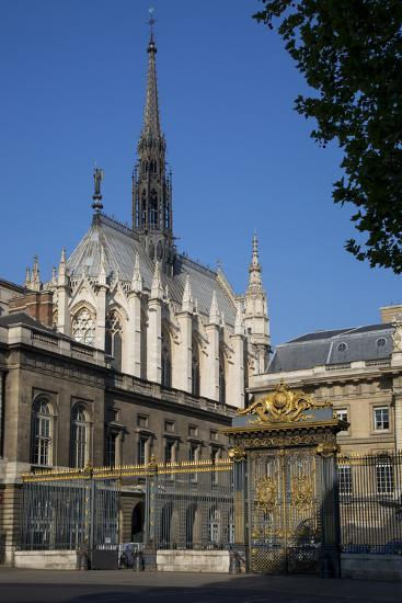 Palais Du Justice with Sainte Chappelle Overhead, Paris, France-Brian Jannsen-Photographic Print