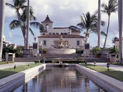 Palm Beach Town Hall, Palm Beach, FL-Robin Hill-Photographic Print