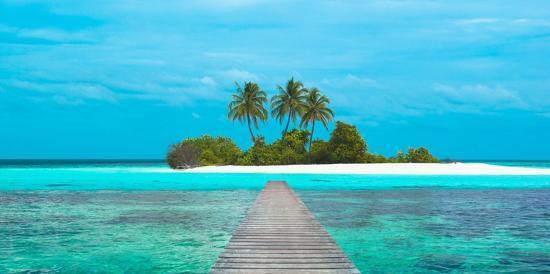 pangea-images-jetty-and-maldivian-island
