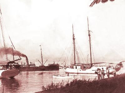 Papeetee Harbor, 1870s, Tahiti, Late 1800s-Charles Gustave Spitz-Photographic Print