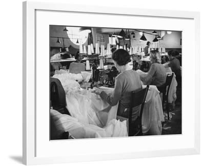 Parachute Factory WWII-Robert Hunt-Framed Photographic Print