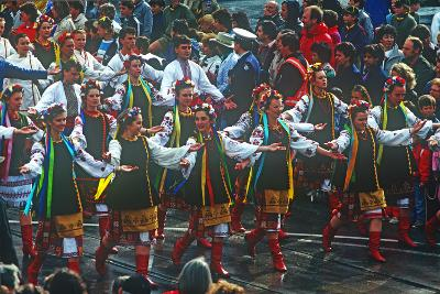 Parade, Moomba Festival, Melbourne, Victoria, Australia--Photographic Print